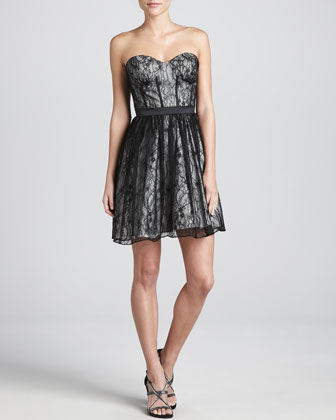 Lace Sweetheart-Neck Cocktail Dress