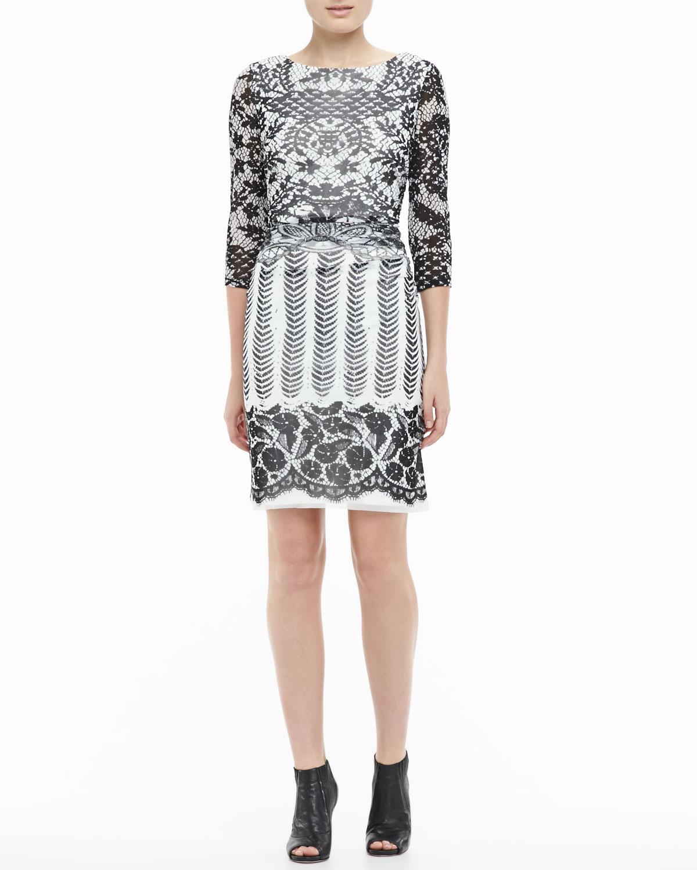 Womens Boat Neck Lace Dress   Kay Unger New York   Black (MEDIUM)