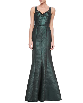 Sleeveless Sweetheart Metallic Gown
