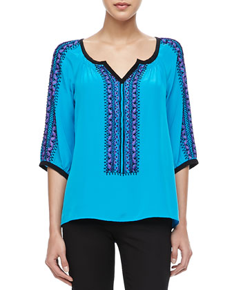 Tipis Embroidered Flowy Top
