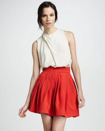 Pleated Bell Skirt with Pockets