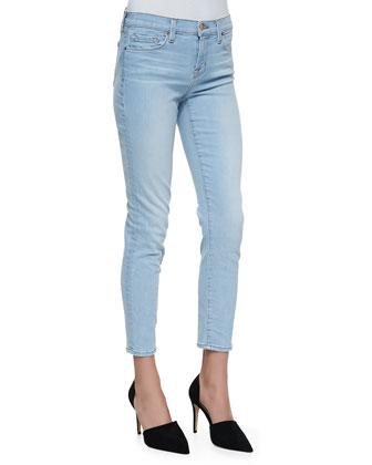 Mid-Rise Capri Jeans, Even Tide