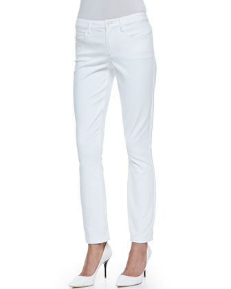 Quida Sateen V-Neck Blouse & Billy All White Five-Pocket Pants