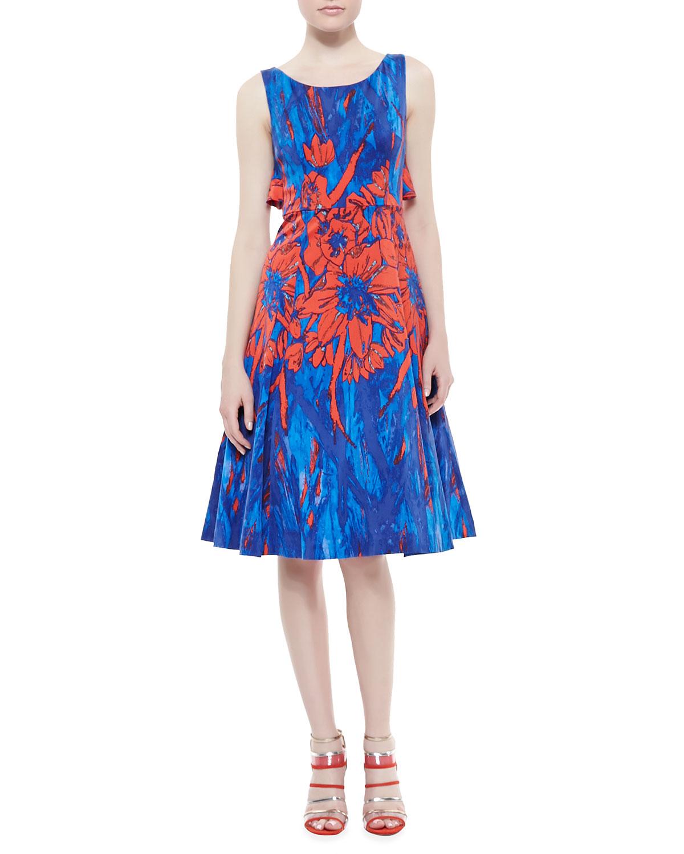 Womens Floral Printed Flyaway Dress, Blue/Scarlet   Tracy Reese