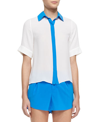 Jones Short-Sleeve Contrast-Trim Blouse & Butterfly Rounded Pleated Shorts