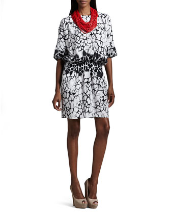 Short-Sleeve Printed Dress with Detachable Necklace