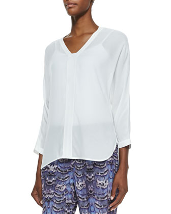 Gauze Split-Neck Top & Ibis-Print Jogging Pants
