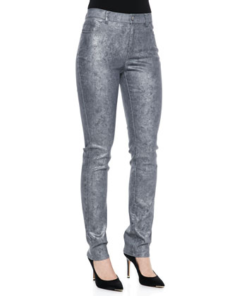 Dropped-Sleeve Abstract Cloud Sweater & Curvy Slim-Leg Denim Jeans