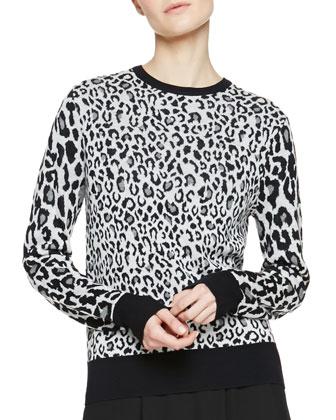 Algoston Animal Print Sweater & Dello Pleated Black Shorts