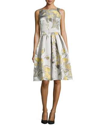 Sleeveless Cocktail Dress in Floral Jacquard