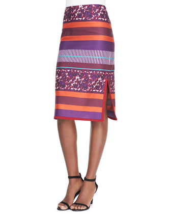 Brushed Berries-Print Pencil Skirt with Piped Hem