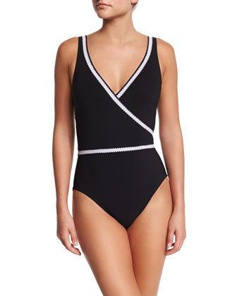 Pinking Surplice-Neck Underwire One-Piece Swimsuit
