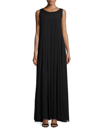 Evandeline Sleeveless Pleated Maxi Dress