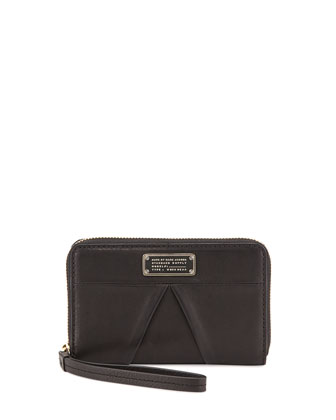 MARChive Mildred Wristlet Wallet, Black
