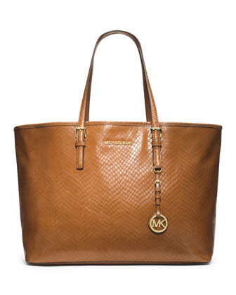 Medium Jet Set Multifunction Tote