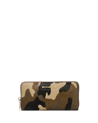Jet Set Travel Zip-Around Camo Continental Wallet