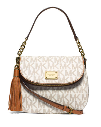 Jet Set Medium Convertible Shoulder Bag with Tassel, Vanilla
