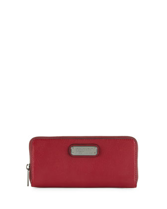 New Q Slim Zip-Around Wallet, Red Canyon