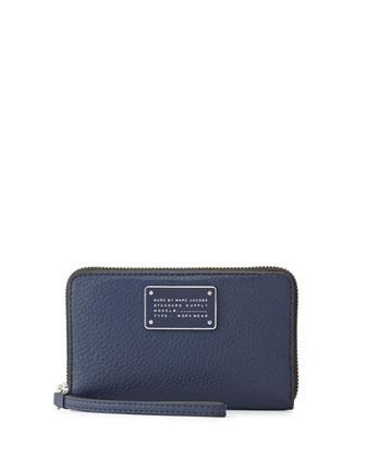 New Too Hot To Handle Wingman Wristlet Wallet, Amalfi Coast