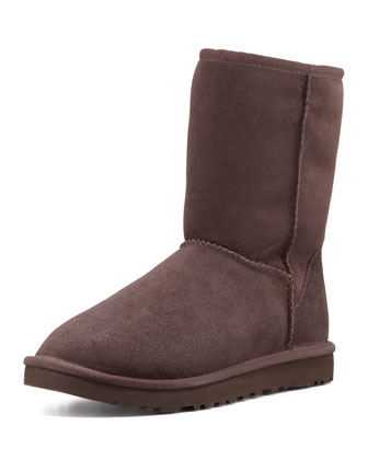 Classic Short Boot, Chocolate