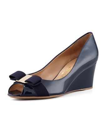 Sissi Vara Mid-Wedge Pump, Oxford Blue