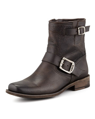 Smith Short Engineer Boot, Charcoal