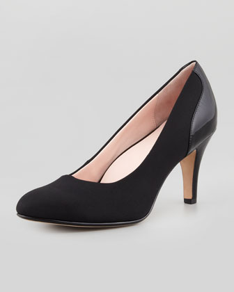 Teaneck Stretch Fabric Pump, Black