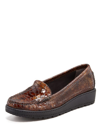Nice Snake-Embossed Loafer