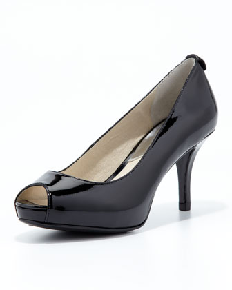 Flex Peep-Toe Pump