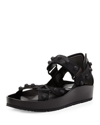 Studded Thick-Sole Flat Nylon Sandal, Noir