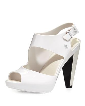 Estrelicia Asymmetric Jelly Sandal