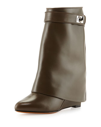 Leather Shark-Lock Ankle Bootie, Khaki
