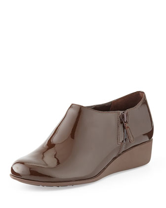 Callie Patent Rain Shoe, Chestnut