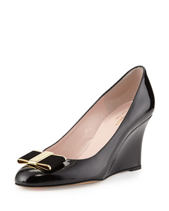malta patent bow wedge pump, black