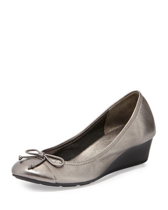 Air Tali Metallic Wedge Pump, Dark Silver