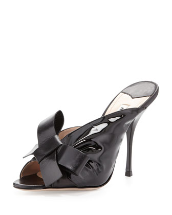 Ruched Patent Bow Sandal, Nero