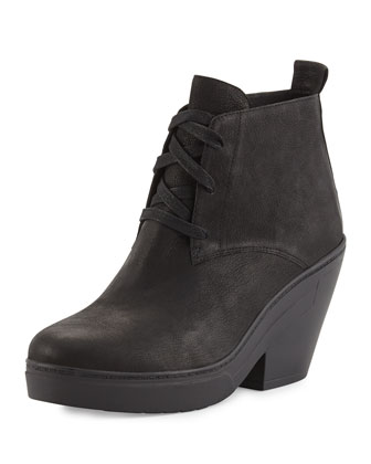 Tug Desert Wedge Boot, Black