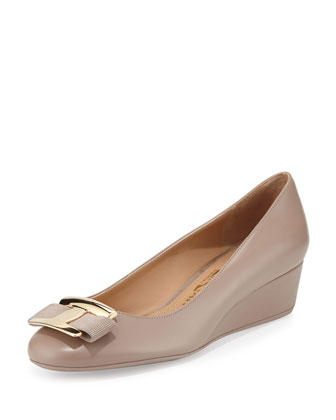 Ninna Leather Low-Wedge Pump, Nutmeg