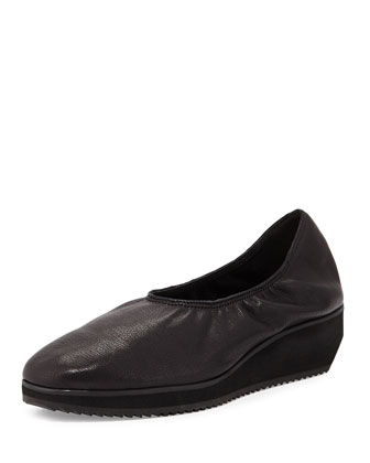 Mellow Leather Slip-On Sneaker, Black
