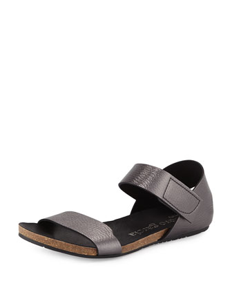 Juci Flat Metallic Leather Sandal, Anthracite