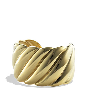Sculpted Cable Wide Cuff in Gold