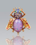 Luz Bejeweled Fly Pin