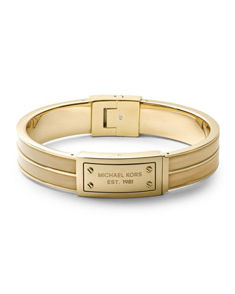 Logo Plaque Hinge Bangle, Golden/Horn