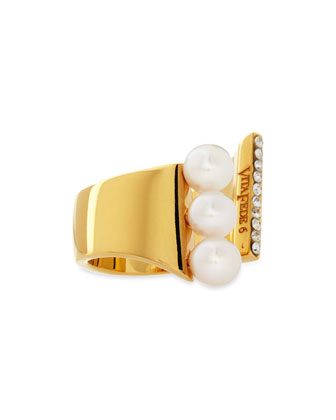 Lia Triple Pearl Ring