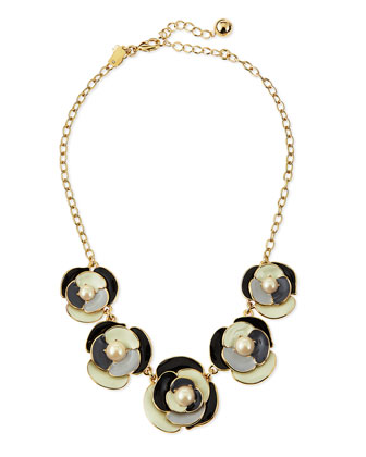 deco blossom necklace