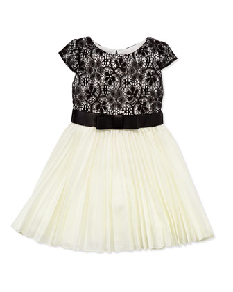Ladies Who Lunch Pleated Swing Dress, White/Black, Sizes 4-6