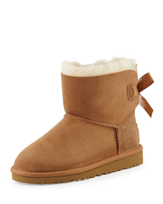 UGG Kids' Mini Bailey Bow Short Boot, Chestnut, 13T-4Y