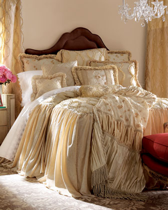 Grandeur Bedding