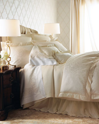 Queen Ivory Jacquard Scroll-Pattern Duvet Cover, 88