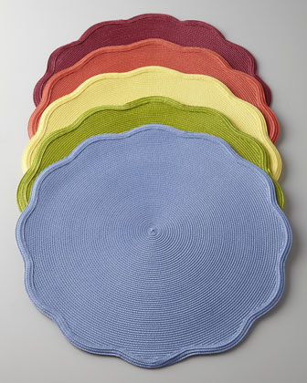Round Scallop Placemat